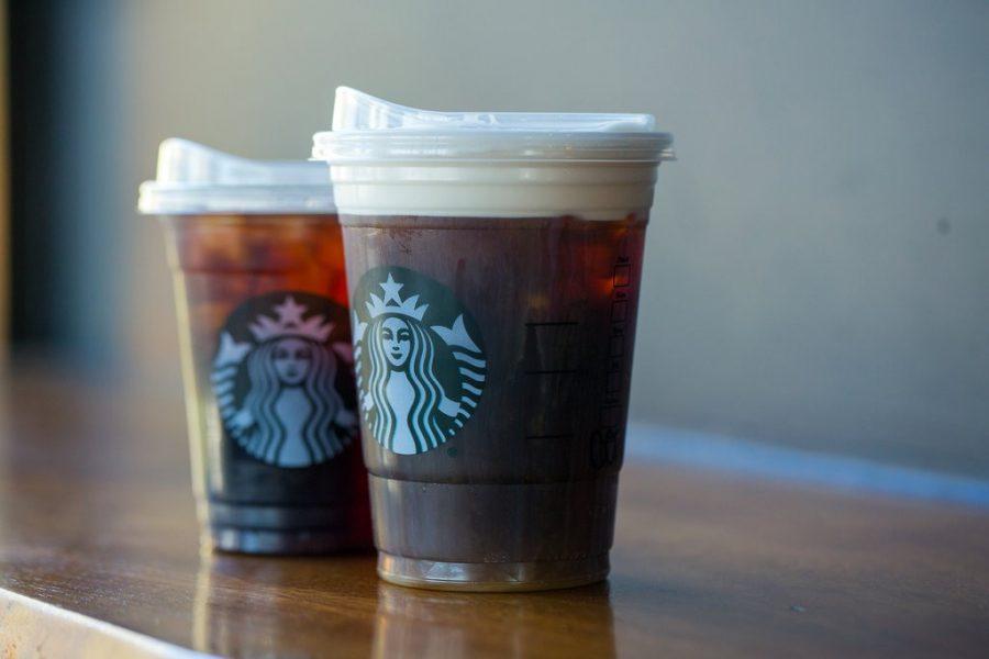 Starbucks goes strawless