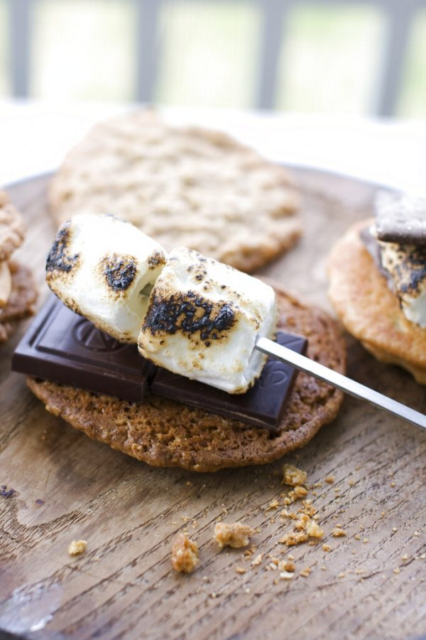 In this image taken on April 29, 2013, salted oatmeal smores are shown in Concord, N.H. (AP Photo/Matthew Mead)